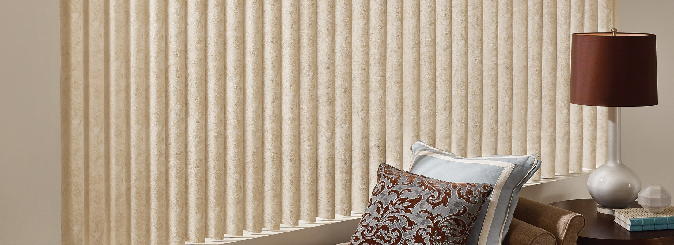 Fabric vertical blinds in Cabriolet Vanilla - Cadence